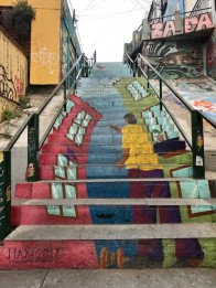 valpo - SA - rainbow kite stairs